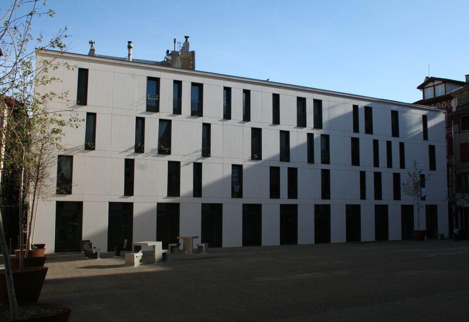 Place Montaut à Bayonne