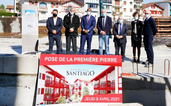 Saint-Jean-de-Luz: pose de la 1ere pierre de la résidence Santiago